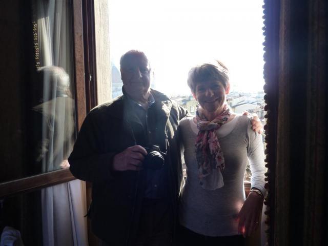 http://gandjlawrence.co.uk/photos/florence/Amanda/2013-02-26_10.31.39_1024.jpg