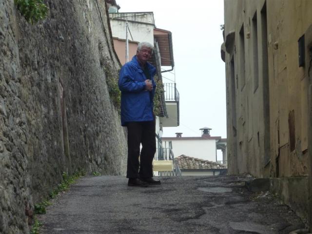 http://gandjlawrence.co.uk/photos/florence/Amanda/2013-03-01_11.48.24_1024.jpg
