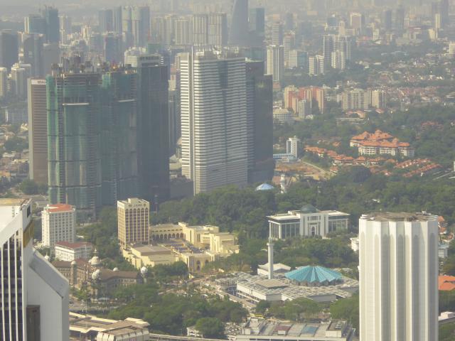 http://gandjlawrence.co.uk/photos/malaysia/Jane/P1010787.jpg