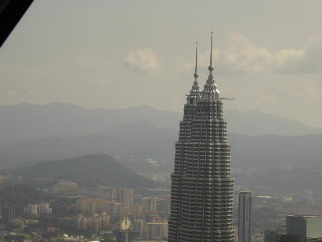 http://gandjlawrence.co.uk/photos/malaysia/Jane/P1010791.jpg