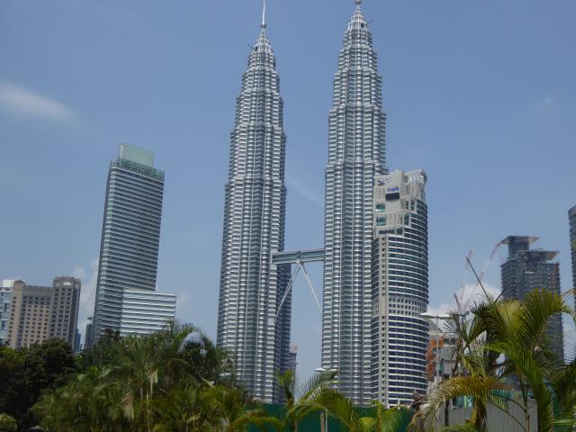 http://gandjlawrence.co.uk/photos/malaysia/Jane/P1010797.jpg